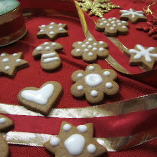Spicy Christmas Biscuits.