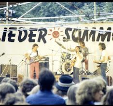 Photo: FDJ Liedersommer in der Parkaue in Berlin - Lichtenberg im Jahre 1986