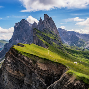Amazing views in the Dolomites mountains. Views from Seceda over by Aleš Krivec - Landscapes Mountains & Hills ( amazing, mountains, mountain, odle, gardena, dolomites, valley )
