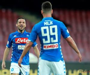 Dries Mertens blijft aan de bank gekluisterd en ziet Napoli een eenvoudige overwinning boeken