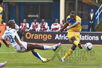 Photo: Ernest Sugira takes the shot that will score his second for Rwanda [Rwanda vs Gabon, CHAN - Group A, 20 Jan 2016 in Kigali, Rwanda.  Photo © Darren McKinstry 2016, www.XtraTimeSports.net]