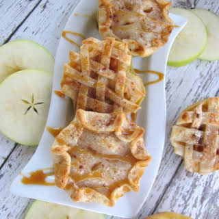 Easy Apple Pie Bites.