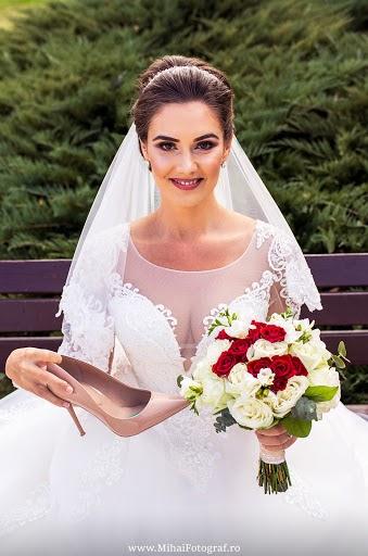 Fotograful de nuntă Mihai Irinel (Mihai-Irinel). Fotografia din 03.03.2019