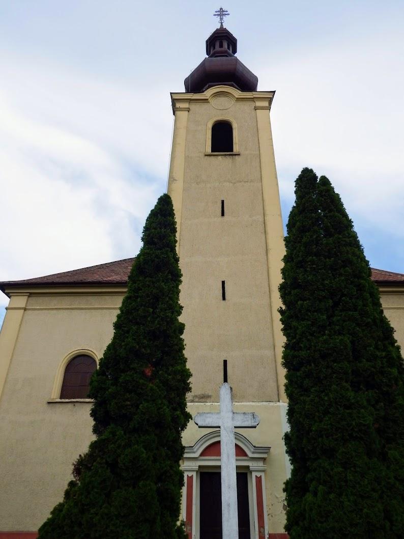 Pecöl - Kisboldogasszony rk. templom