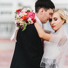 Wedding photographer Roman Urumbaev (eyesnv). Photo of 02.02.2016