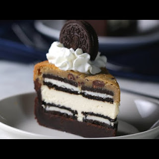 5-Layer Brownie Cookie Cheesecake Recipe