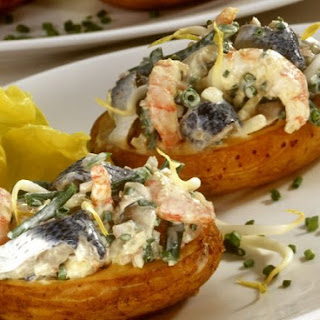 Jacket Potatoes Stuffed with Roll-mops and Prawns