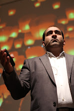"Photo: Rohit Bhargava - keynote on ""10 global business trends for 2012"""