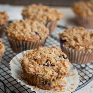 Healthy Blueberry Oat Muffins with Almond-Oat Crumble.