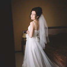 Wedding photographer Elena Zhukovskaya (ElenaZhuk0vskaya). Photo of 30.12.2016