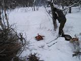 Photo: Lõkkevõrk ja lõkketross, lumi oma meeter paks