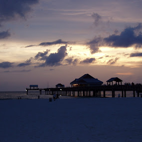Clearwater sunset by Stephanie Ostrander Bishop - Landscapes Travel ( clearwater beach, sand, sunset, florida, pier, beach, sun )