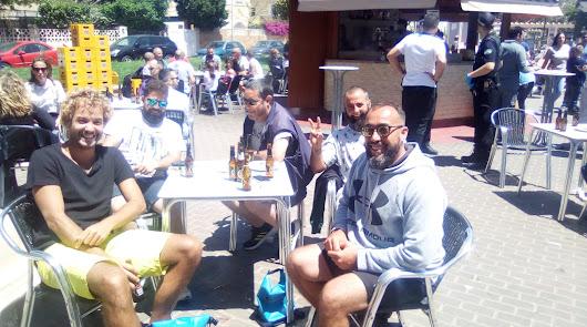 La Policía se presenta en los bares de Almería ante la avalancha de 'fieles'