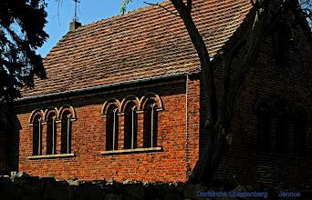 Photo: kleine Dorfkirche in Quastenberg  Wilhelmine Reepschläger, * 1841 oo Quastenberg 1863 Johann Jennerjahn (in the U.S. / Ohio they called themselves Yannayon)