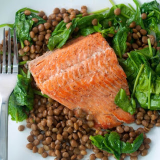 One Pot Salmon with Lentils and Spinach.