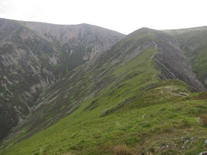 Photo: The trail continues along Whiteless Edge to Thirdgill Headman.