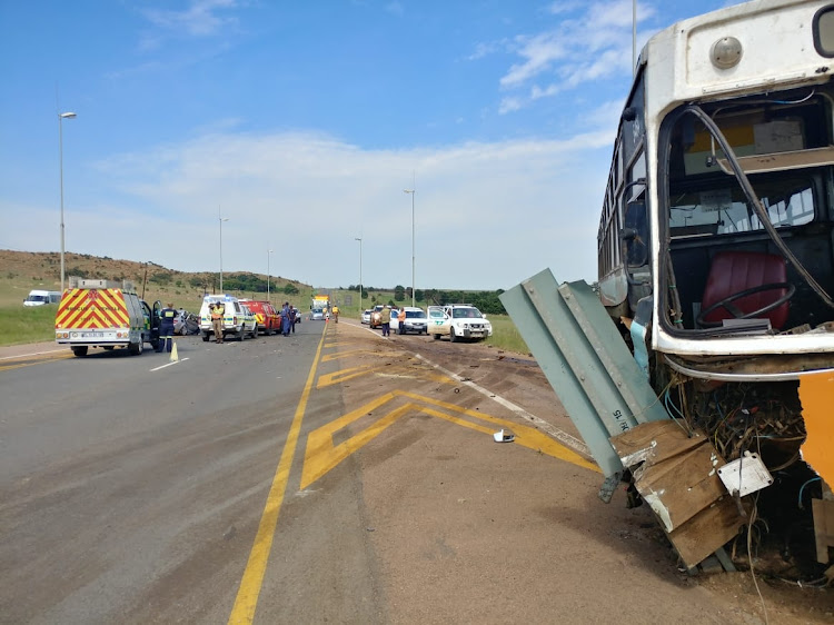 An accident between a bus and a car in Bronkhorstspruit on Friday morning left one person dead and four others injured.