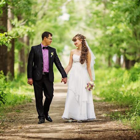 Wedding photographer Dmitriy Bobrov (Dimitri). Photo of 12.06.2016