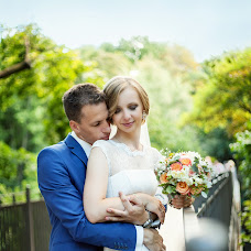Wedding photographer Yuliya Barbashova (JullyB). Photo of 21.09.2015
