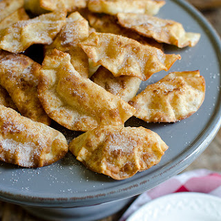 Fried Cinnamon Apple Hand Pies