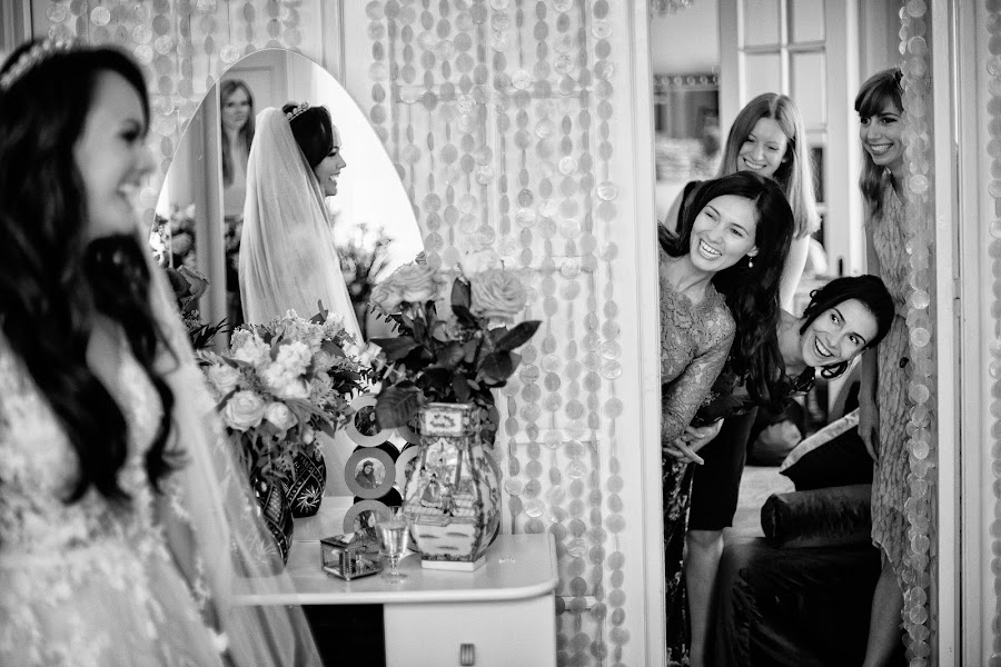 Wedding photographer Marius Barbulescu (mariusbarbulesc). Photo of 15.02.2017