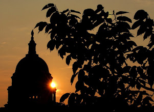 Photo: ** RETRANSMITTED TO CORRECT OBJECT NAME TO CONGRESS RETURNS, INSTEAD OF CONRESS RETURNS ** On the day Congress returns from summer recess, the sun rises behind the Capitol dome, Tuesday morning, Sept. 3, 2002, in Washington. The Senate opened debate Tuesday on legislation creating a new Homeland Security Department as White House officials voiced confidence that they and Democrats will settle differences over the bill. (AP Photo/Ken Lambert)