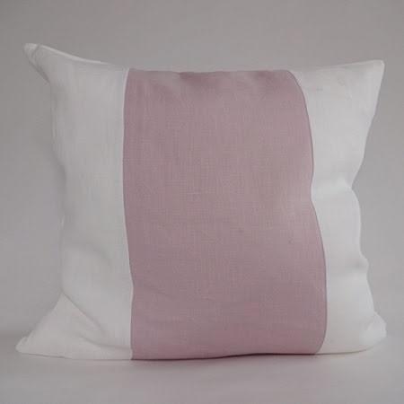 Randigt kuddfodral rosa och vitt