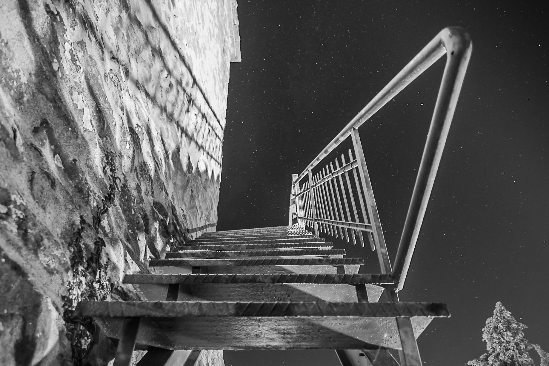 Stairway to the stars. di Massimiliano Pilotto