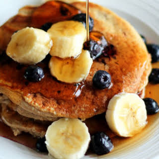 Oatmeal Cottage Cheese Banana Pancakes for One.