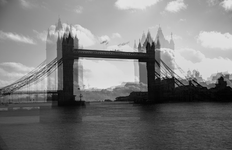 London Bridge is falling down di Francesca_Puiatti