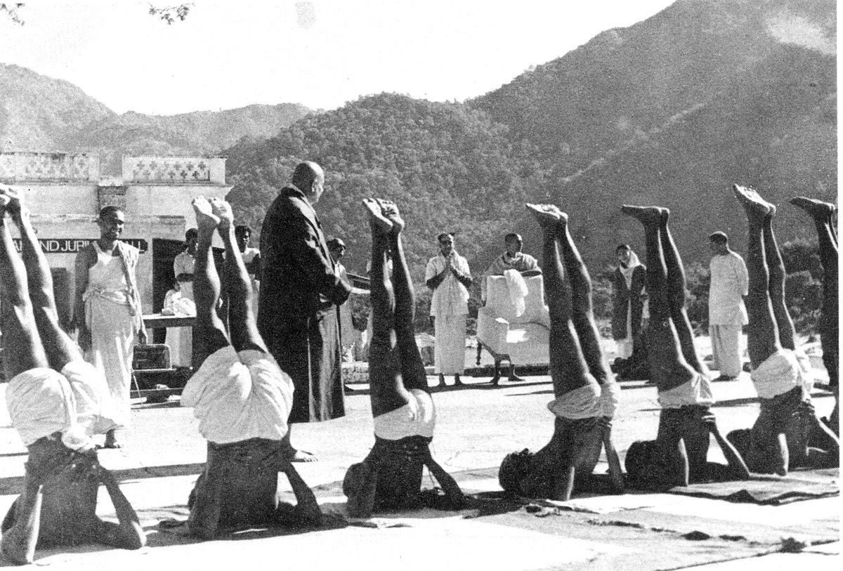 Swami Sivananda Teaching Yoga — Google Arts & Culture