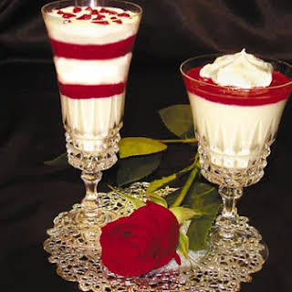 White Chocolate Mousse With Raspberry Sauce Using Stevia.