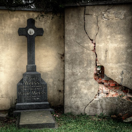 Ravages of time by Klaus Müller - City,  Street & Park  Cemeteries ( cemetery, abandoned, cross,  )