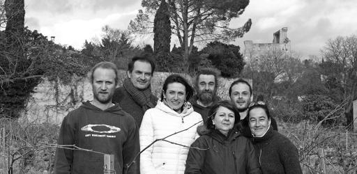 The Domaine Duseigneur's team in Châteauneuf du Pape