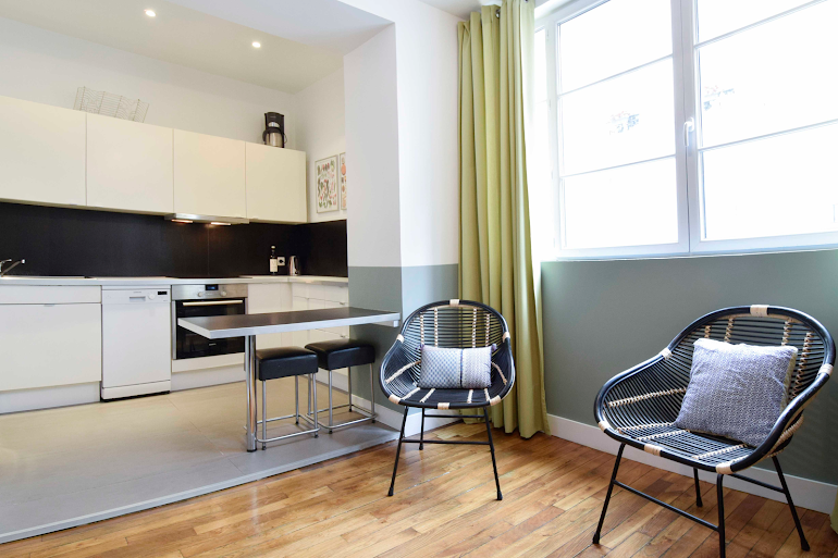 Luxury kitchen at Rue de Montorgueil Serviced Apartment, Opera
