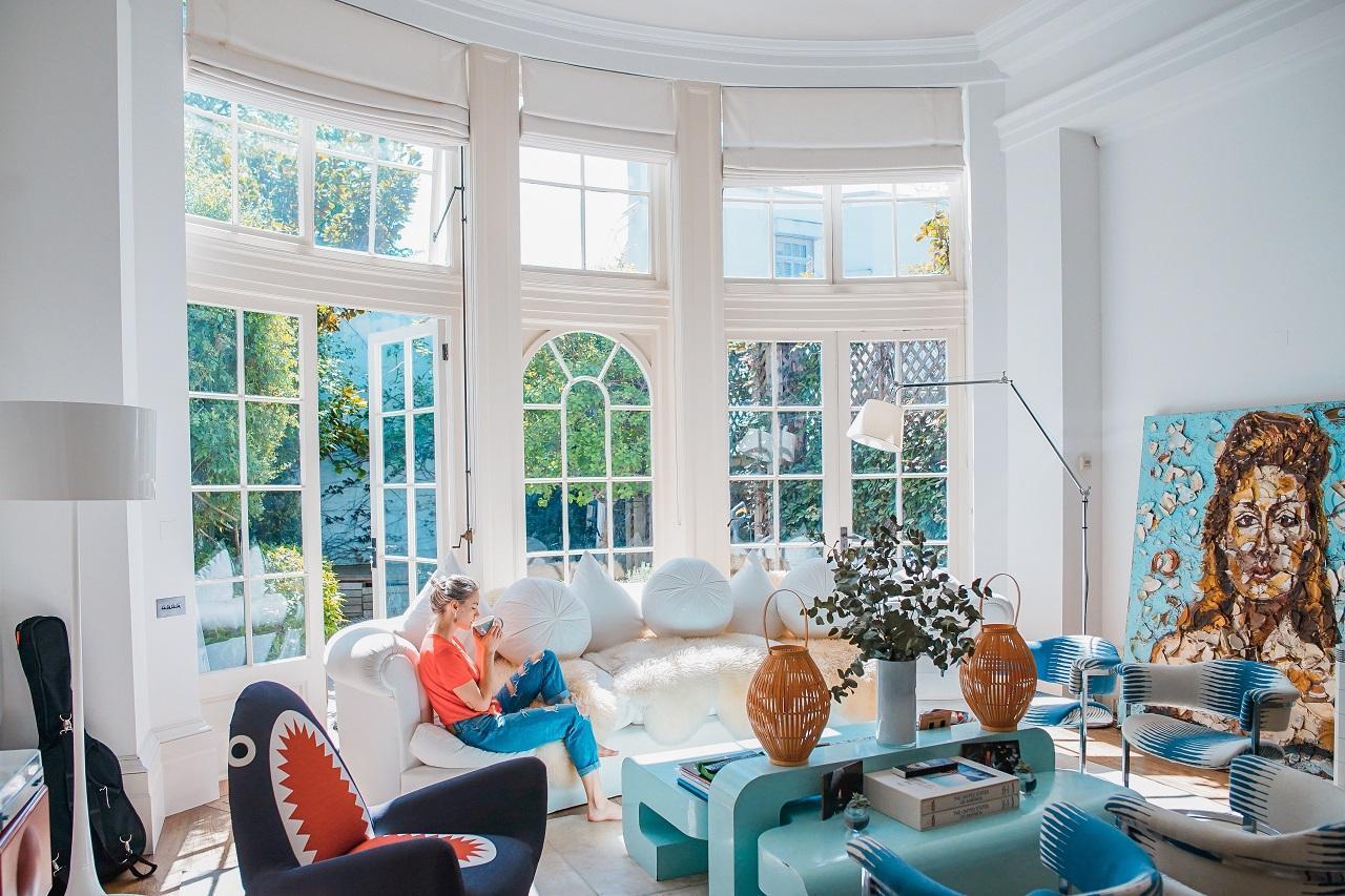 Modern Retro Living Room Ideas And Decor Inspirations