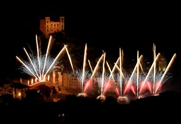 Fireworks Dolceacqua  di Giancarlo Lava