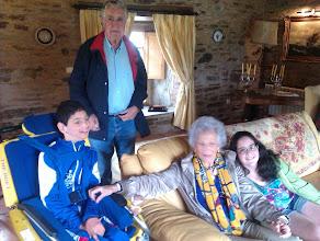 Photo: Sorpresa! Los abuelos se agregan a la merienda.