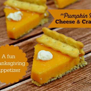 Pumpkin Pie Cheese Crackers Thanksgiving Appetizer.