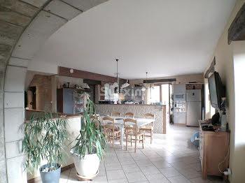 propriété à Lons-le-Saunier (39)