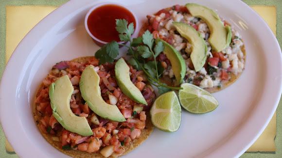 Seafood tostadas, cocktails