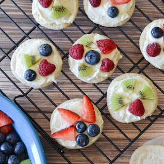 Mini Fruit Pizza Cookies.