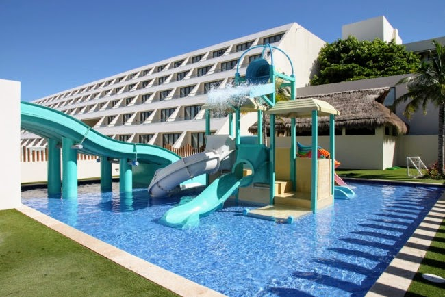 Hyatt Ziva Cancun Kids Club