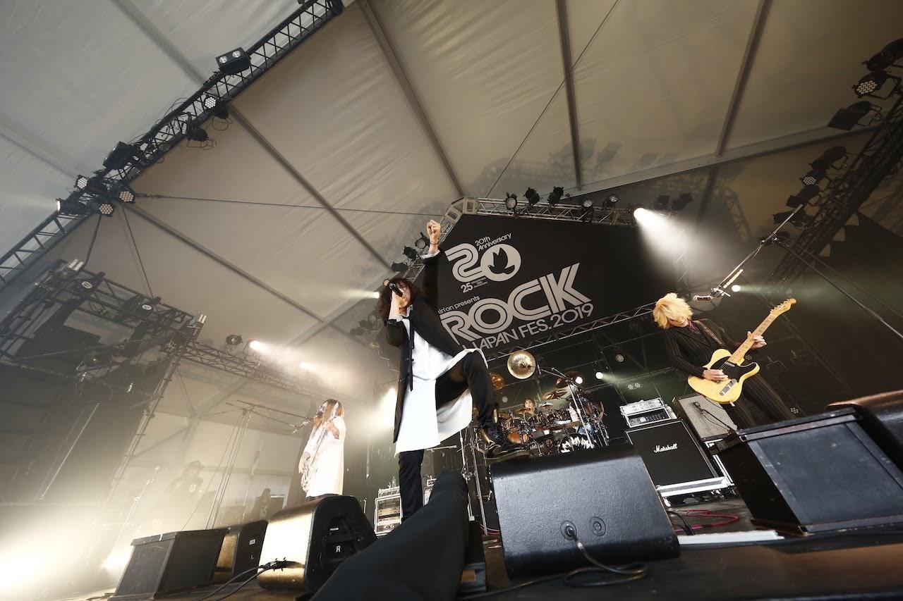 【迷迷現場】ROCK IN JAPAN 2019 視覺系樂團 DEZERT 指稱台下: 「你們全部都是變態同好!」