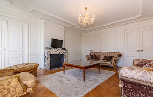 Trocadero serviced apartments living room