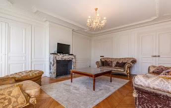 Trocadero serviced apartments living room