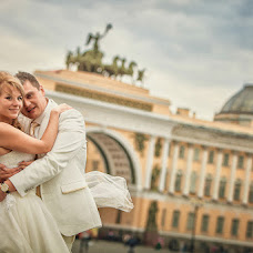 Wedding photographer Konstantin Bril (Brilliance7). Photo of 11.04.2014