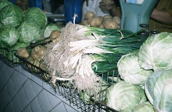 Photo: 03093 ウランバートル/風景/ダライ・エージ(海の母)/食料品専門の市場/野菜