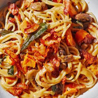 Vegan Spaghetti Carbonara With Coconut Bacon.