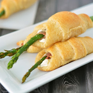 Asparagus Proscuitto Roll